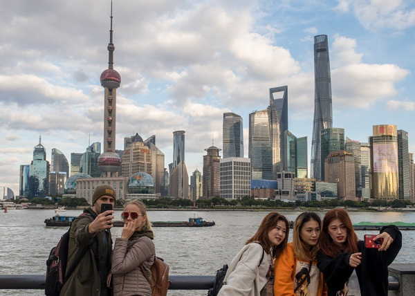 Pudong's population exceeds 5.68 million