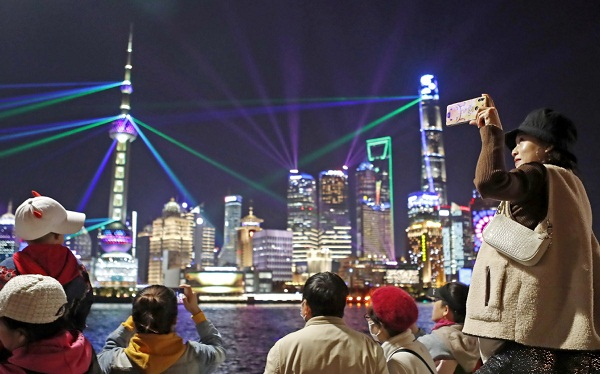 Pudong drives Shanghai toward financial glory