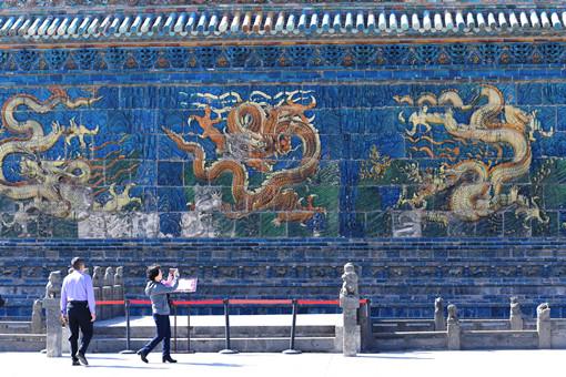 Exploring past in modern Datong