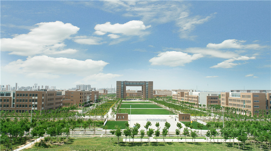 校园全景.jpg