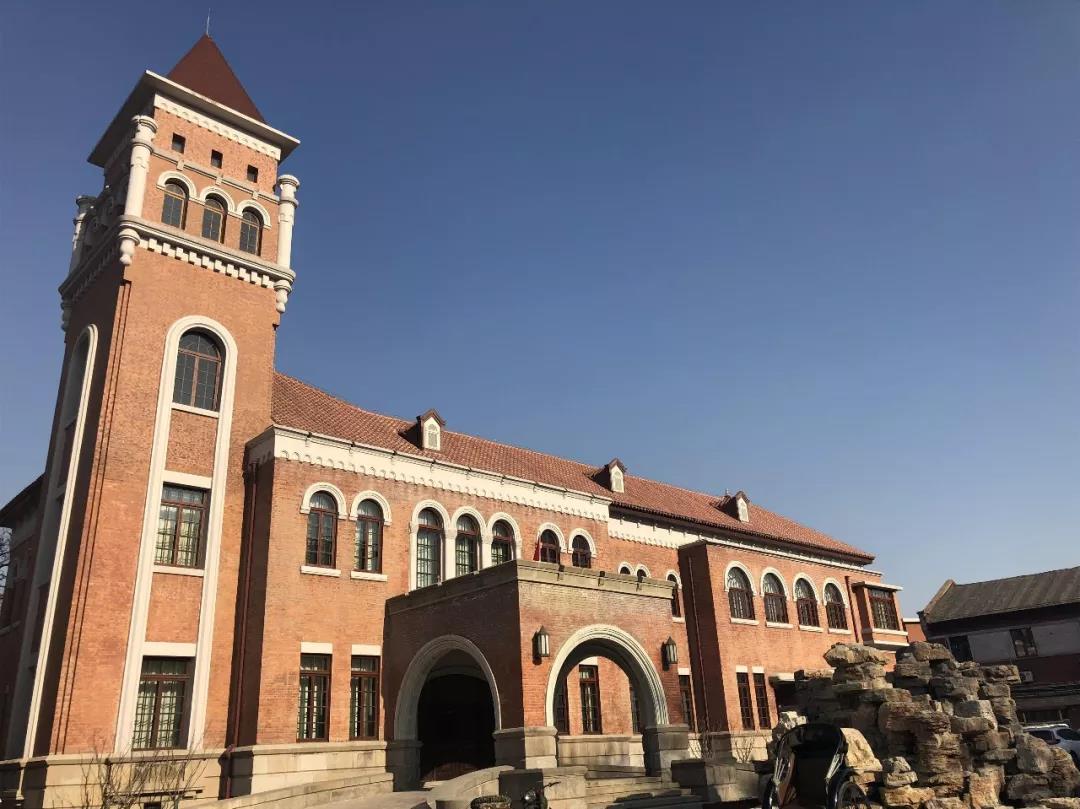 Zhangyuan hosts exhibit highlighting Tianjin's history