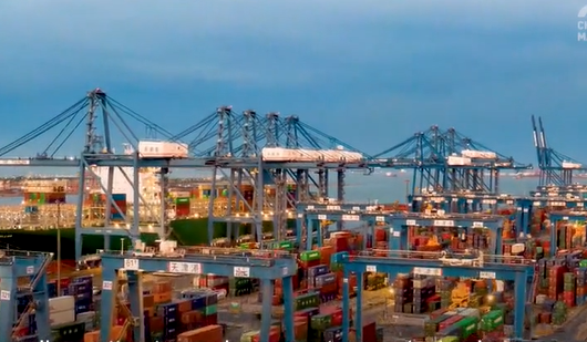 Technology crucial to Tianjin Port's evolvement