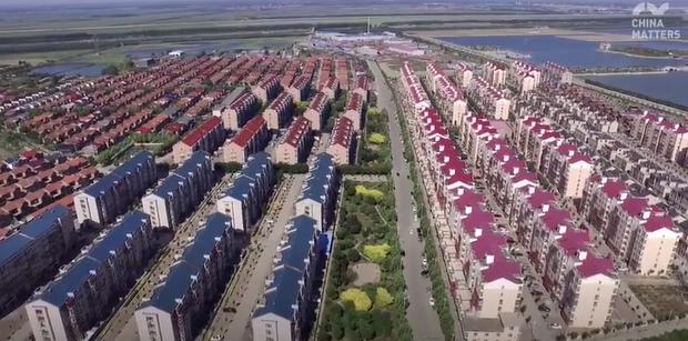 Swedish girl explores Tianjin's beautiful villages
