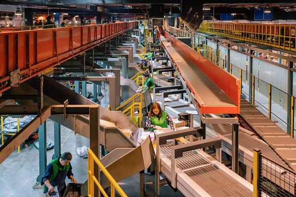 Wuxi to develop as logistics center in Yangtze River Delta