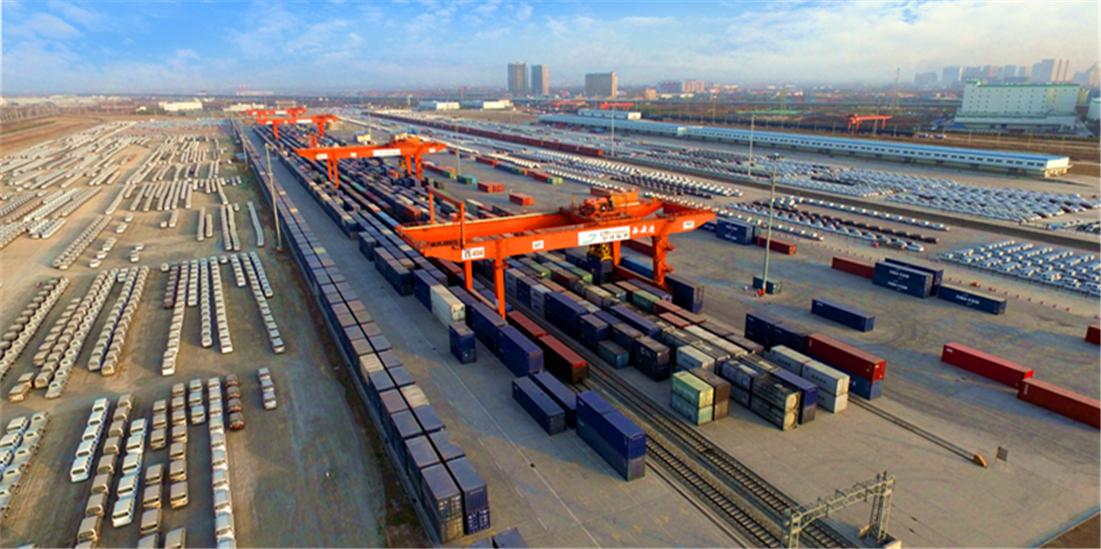 中国首个获得国际代码国家代码(61900100)和国际代码(CNXAG)的内陆港——西安港.jpg