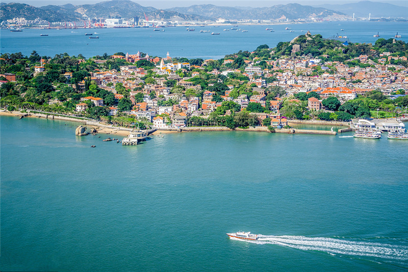 Xiamen launches 144-hour visa-free transit tourist card for foreigners