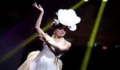 Cross-Straits qipao show held in Xiamen