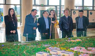 Chaoxing Group delegation visits Yunnan University