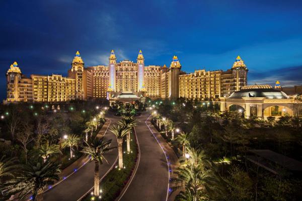 2.酒店外景-夜晚.jpg