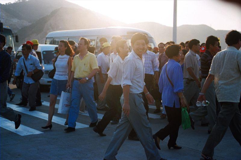 Airshow spectators(2) in 1998 [Photo by Yan Xing].jpg