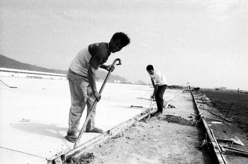 Airshow site construction(2) in 1996 [Photo by Yan Xing].jpg