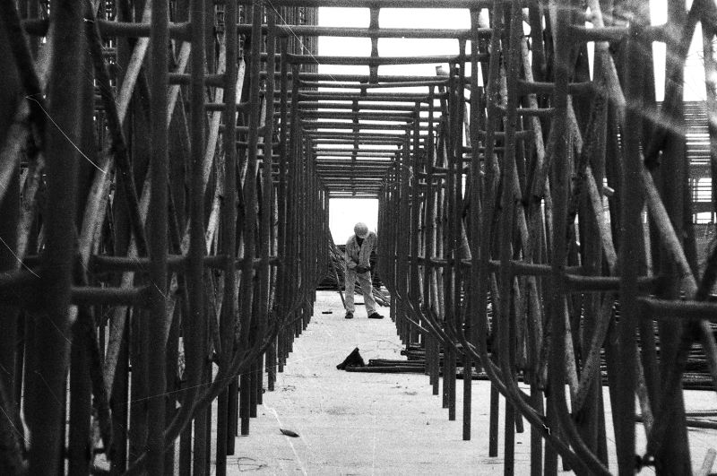 Construction of exhibition hall(3) in 1996 [Photo by Yan Xing].jpg