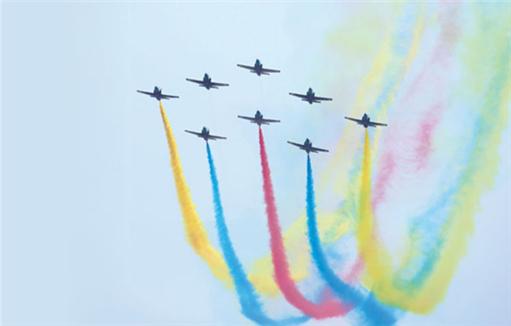 Uplifting moment at Airshow China