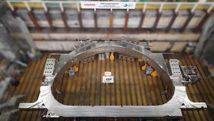 Toroidal-field-coil-for-ITER-(Toshiba-ESS).jpg