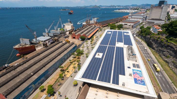 IEA-Financing-Clean-Energy-report-(IEA).jpg