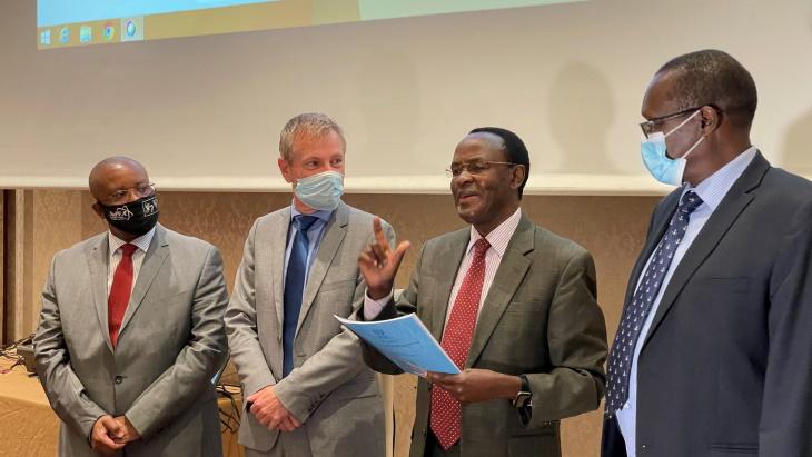 INIR-follow-up-mission-to-Kenya-June-2021-(T-Reysset-IAEA).jpg